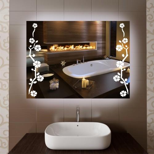 Настольное зеркало можно поставить в ванной или спальне.